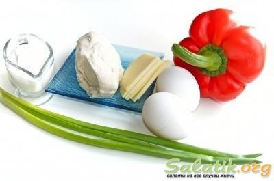 Ингредиенты для салата из курицы с болгарским перцем
