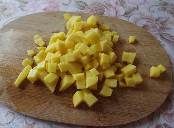 Картошка кубиком