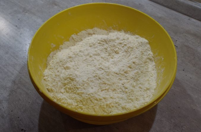 Корзиночки с белковым кремом